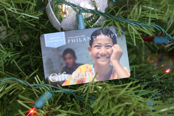 Use These Tips to Extend your Promotional Reach using Holiday Cards