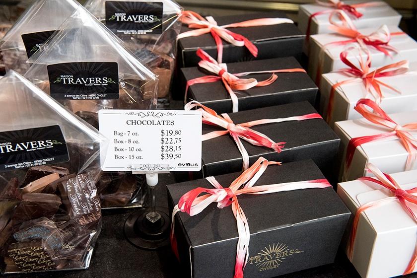 Chocolate_shop_300dpi_ENG_(2).jpg
