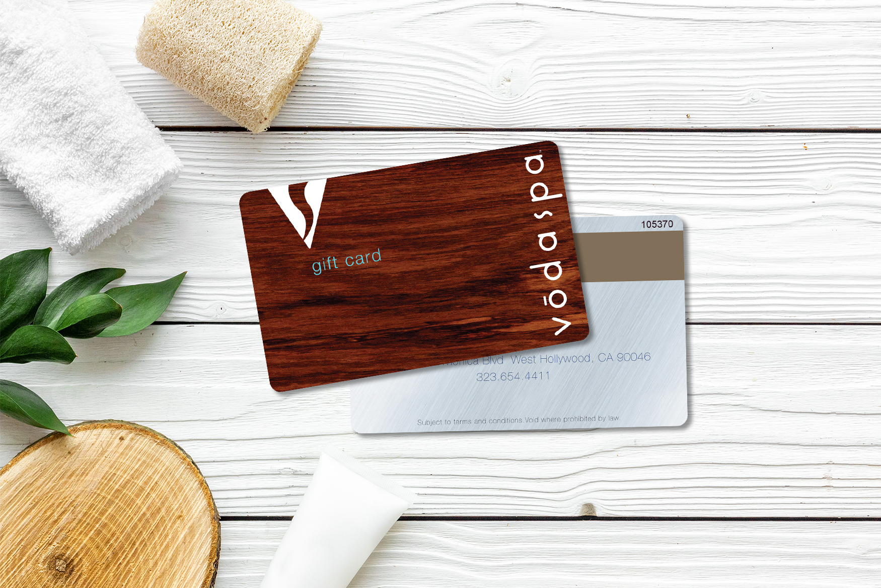Plastic gift cards that replicate the look of wood