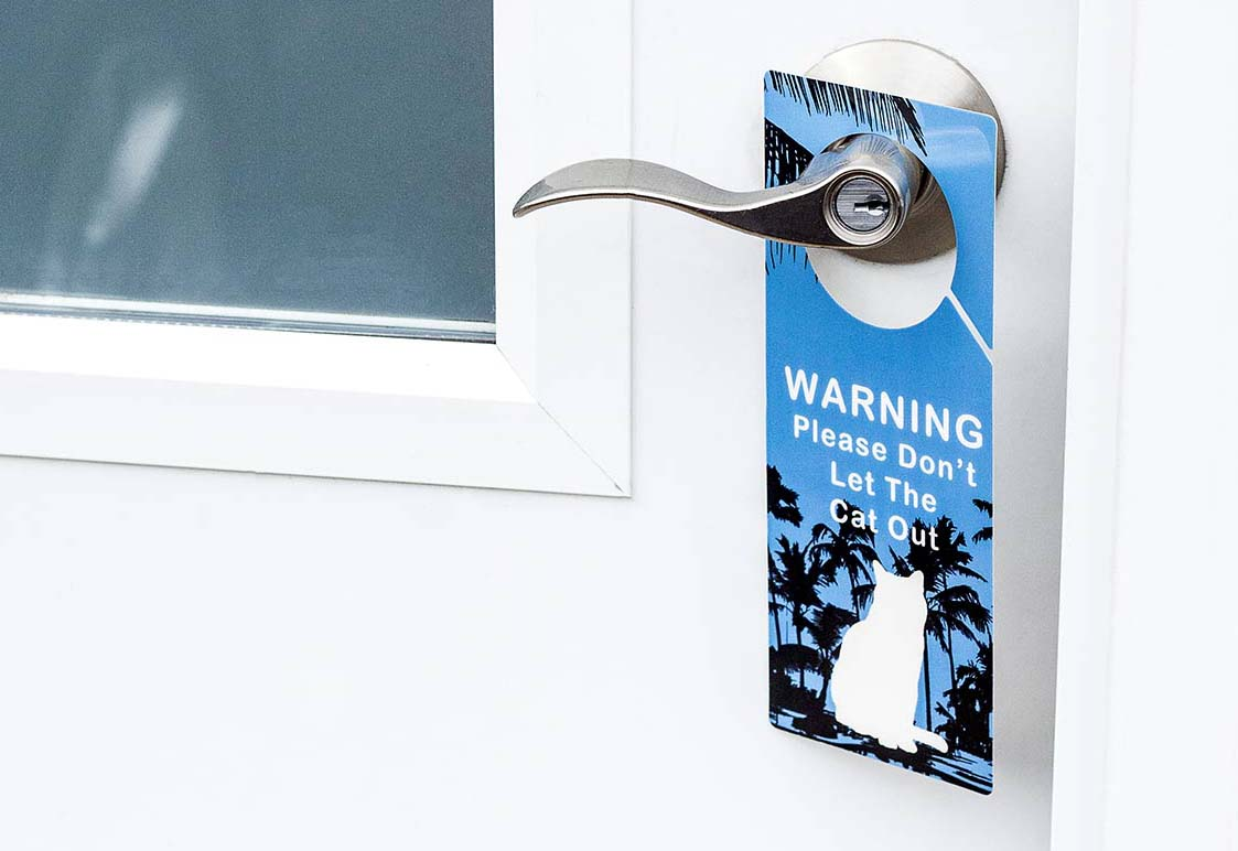 Door-Hanger-Warning-Blue-Cat-Inside-banner-mobile.jpg