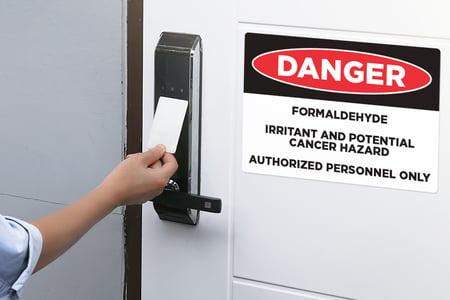 Salon Signs that Warn You Of Formaldehyde