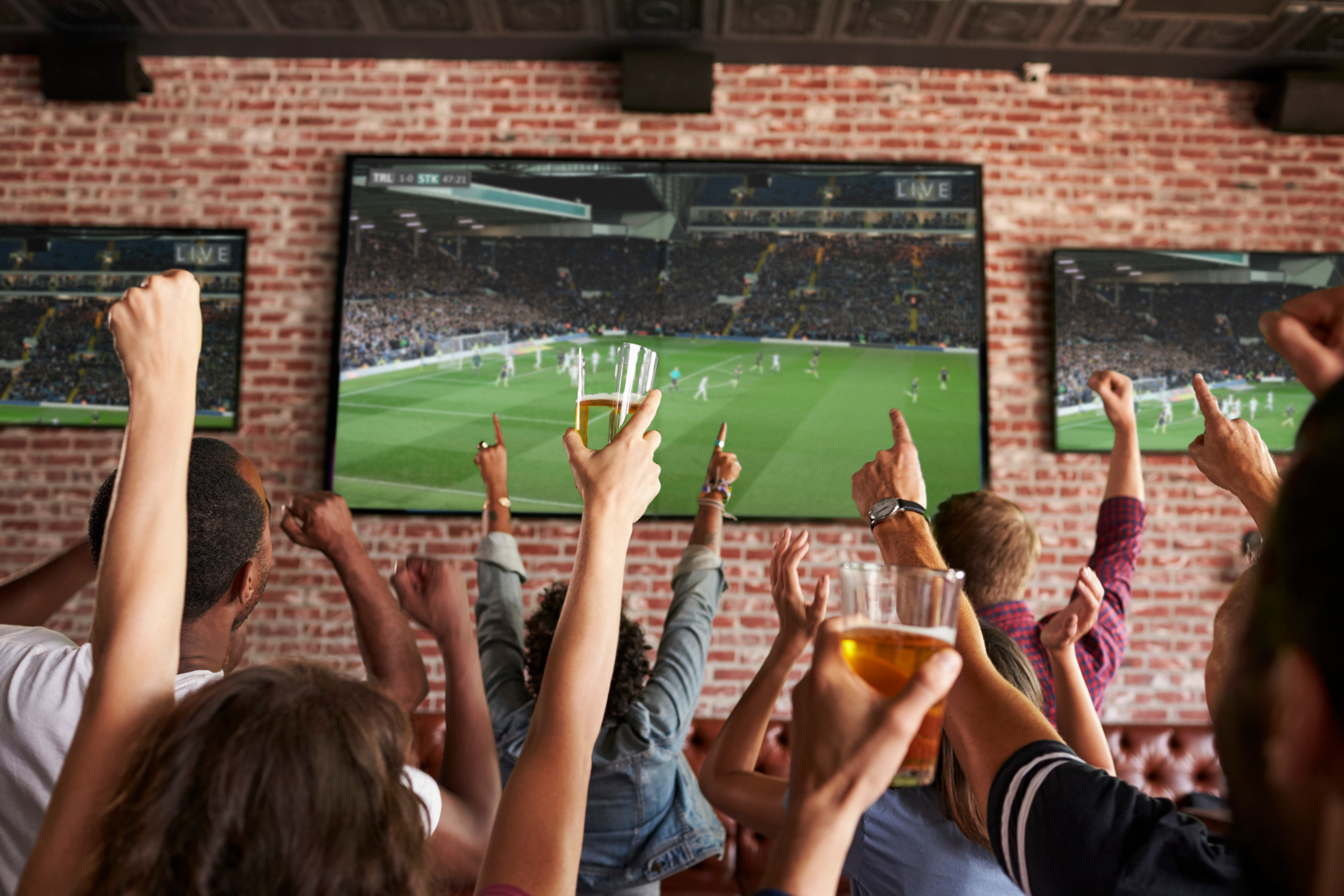 How to Improve your Restaurant Marketing with Sporting Events