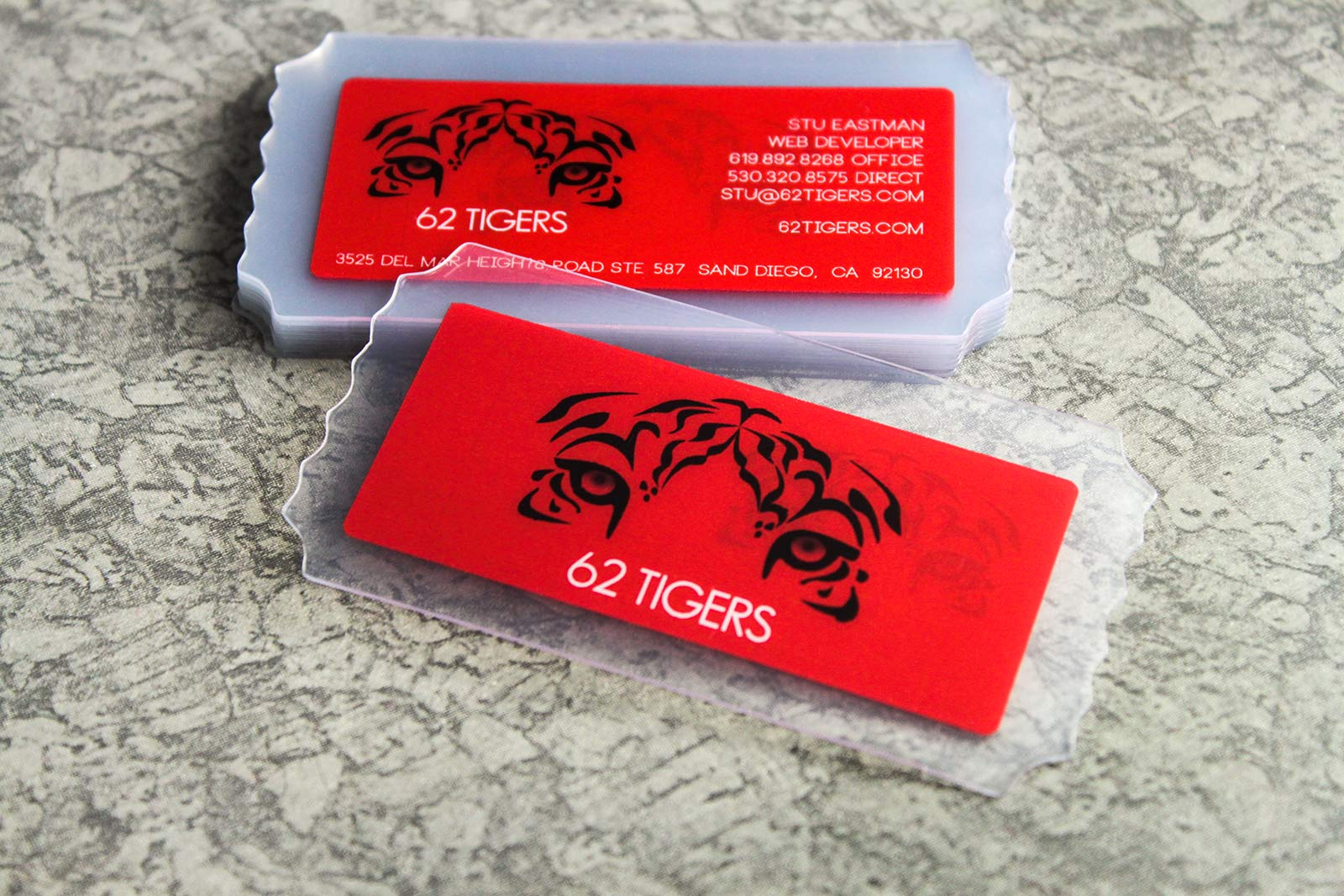 Design inspiration blog plastic printers cole 4 ways to make your business card stand out colourmoves