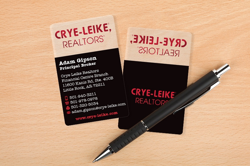 Clear business cards for a realtor
